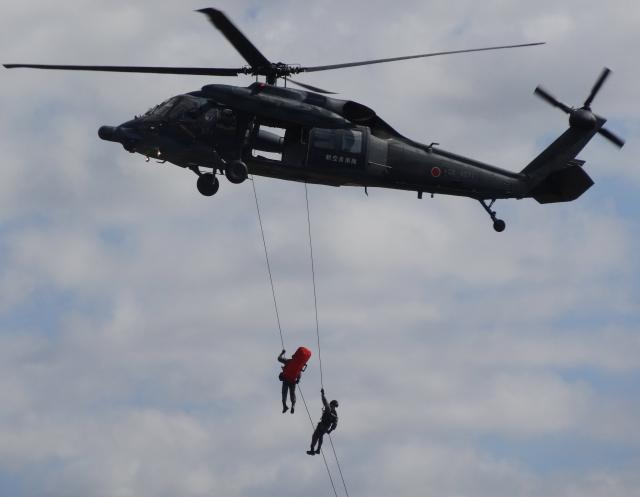 自衛隊と救難ヘリコプター