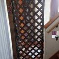 猫たちの為にラティスを使った玄関ゲートを作ってみた
