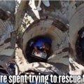 子猫が人の手の届かない下水管に落ちた!96時間の大レスキュー!!