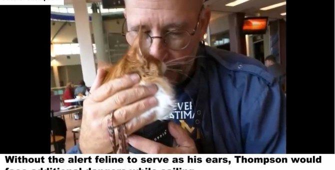 聴覚障がいの人生での良きパートナーは特別な猫だった...