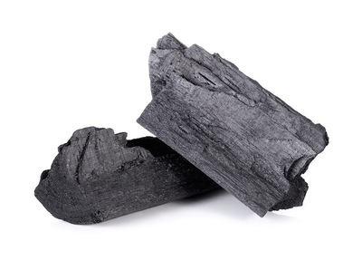 炭系猫砂のおすすめ人気ランキング7選、選び方やメリットなど