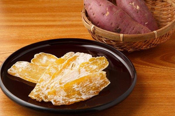 猫は干し芋を食べても大丈夫?与える注意点や焼き芋との違いについて解説