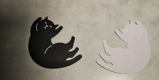 100均でみつけた黒猫のポーズが愛らしいメッセージカード