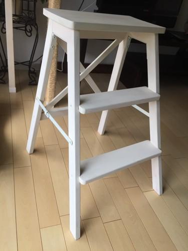 IKEAの脚立