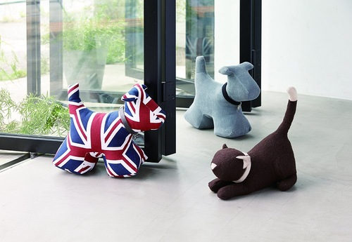 猫や犬の可愛いドアストッパー