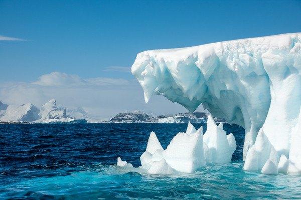 南極の空模様
