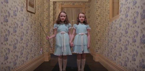 双子の姉妹