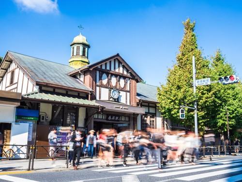 原宿駅前の横断歩道