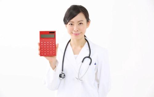 計算機を持つ医師