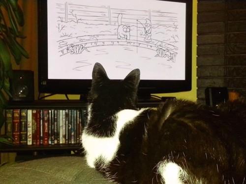 猫アニメを見るチップくん