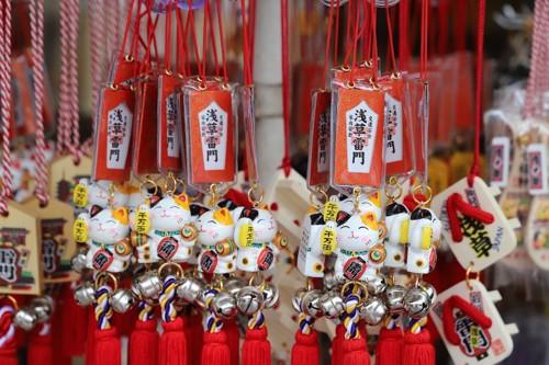浅草寺の招き猫のお土産