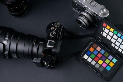 カメラとカラーカード