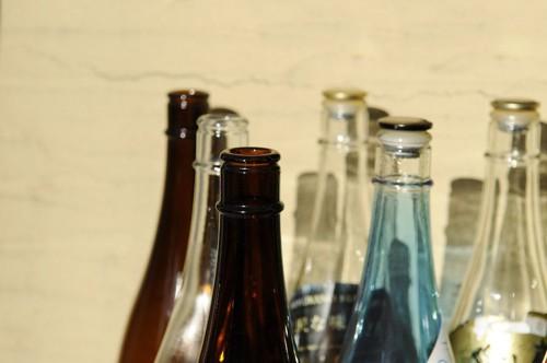 たくさんの日本酒の瓶