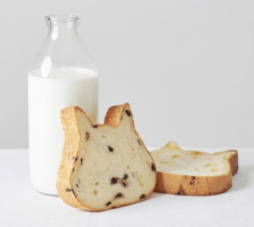 ミルクと食パン