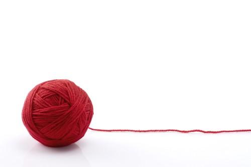 赤い毛糸玉