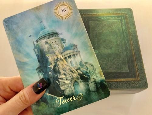 塔のカード