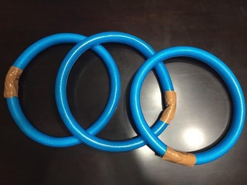 #ホースで輪を作る#
