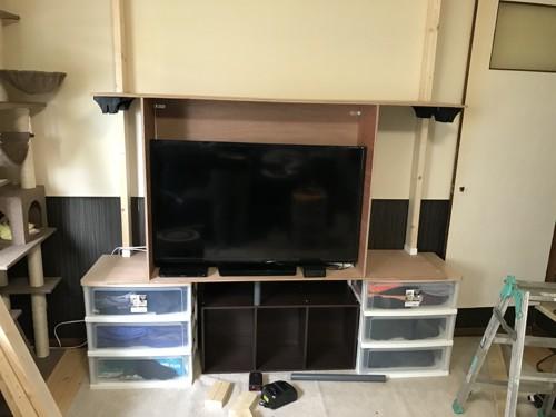 テレビの上に天板