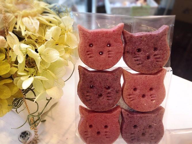 猫の形のクッキー