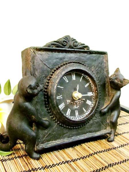 2匹の猫のブロンズ調時計
