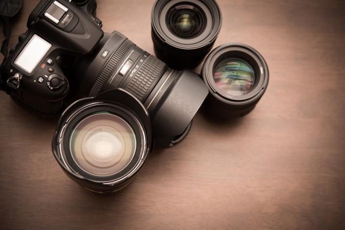 カメラとレンズの写真