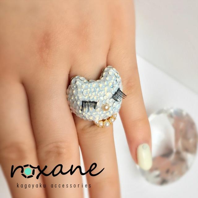 アップロード10 swarovski ring《白猫のお嬢様》