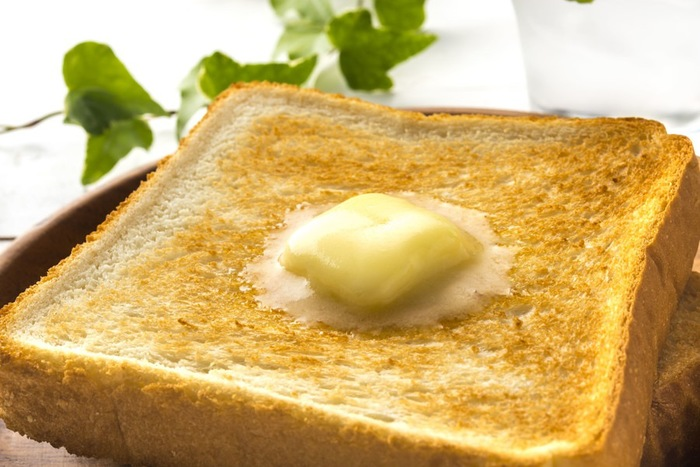 バターののったトースト