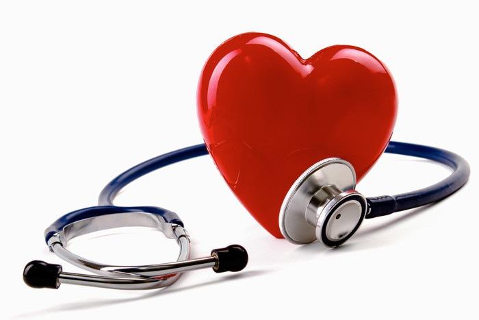心臓と聴診器