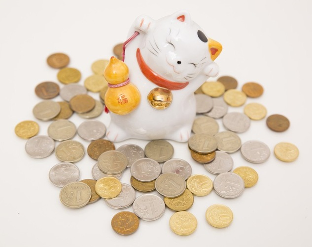 招き猫とコイン