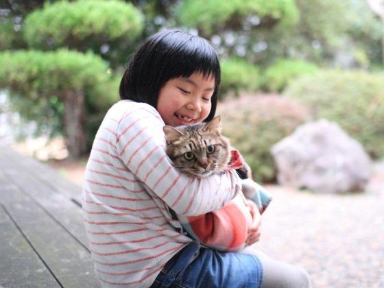 子どもと保護猫