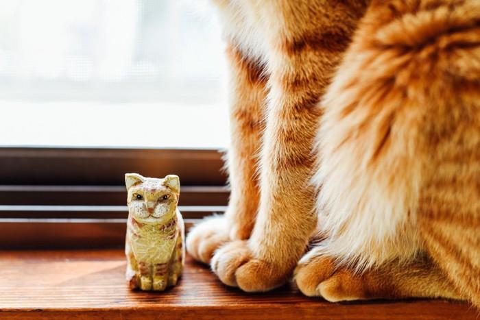 猫のフィギュア