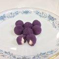 紫芋のお団子〜ゆで豚あんこ
