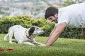 犬が手足を伸ばす3…の画像
