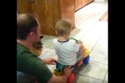 ワンコと子供が大喜び!一つのおもちゃで2倍楽しめる賢い遊び方