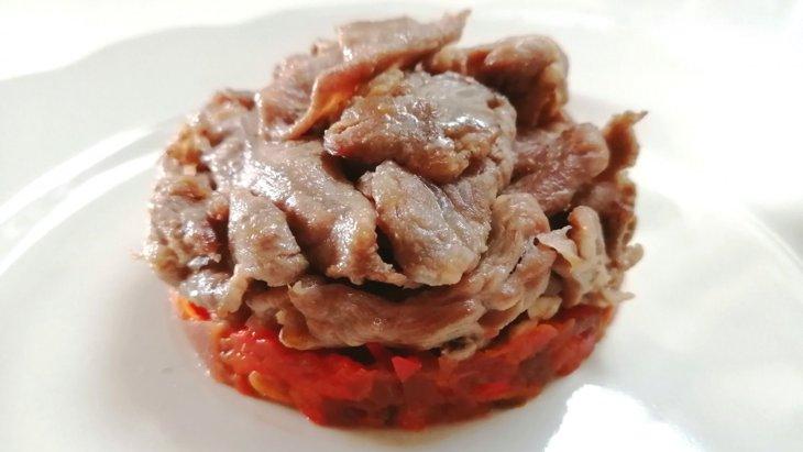 【わんちゃんごはん】身体ぽかぽか『ラム肉のソテー赤い野菜のソース』のレシピ