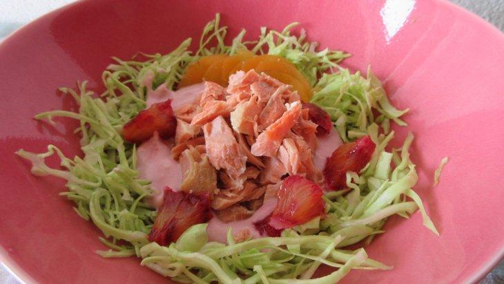 食べるスープで美味しくビタミン補給『サーモンとオレンジのヨーグルトスープ』のレシピ
