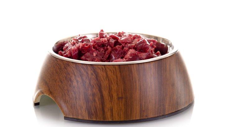 犬に牛肉をあげても大丈夫?与え方と注意点を知ろう!