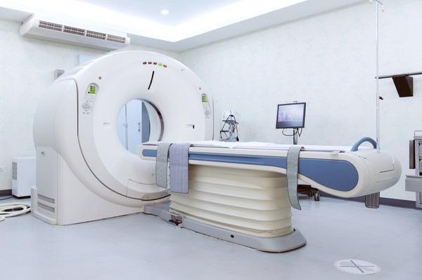 犬のMRI検査について 費用とリスク、必要性や保険適用まで