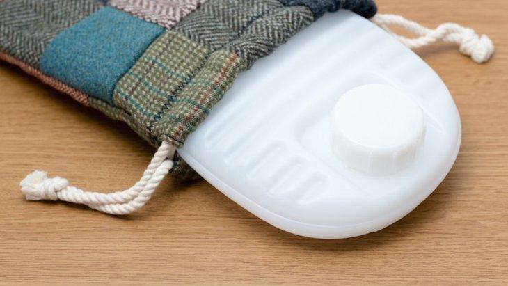 犬用湯たんぽで寒さ対策!使うときの温度や注意点、おすすめグッズの紹介まで