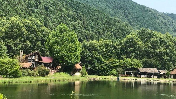 愛犬と緑豊かな自然を満喫!栃木県鹿沼にあるレイクウッドリゾート