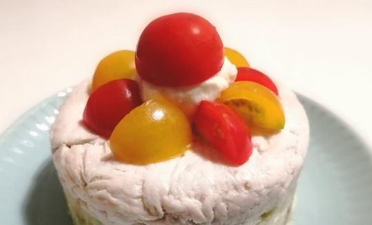 【わんちゃんごはん】簡単に作れる『鶏肉ポテトケーキ』のレシピ