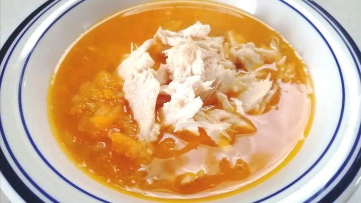 【わんちゃんごはん】ほんのり甘いぽかぽかスープ『鶏肉とりんごのかぼちゃポタージュ』のレシピ
