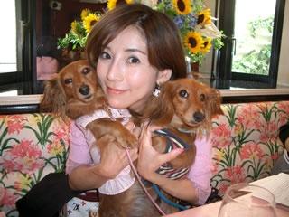川島なお美さんの愛犬ココナッツ、「暴君」と呼ばれ愛情を注がれていた姿に異変が!(まとめ)