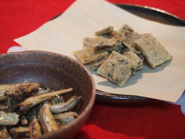 簡単!犬用手作りおやつレシピ♪「煮干しと胡麻の豆乳ソフトクッキー」