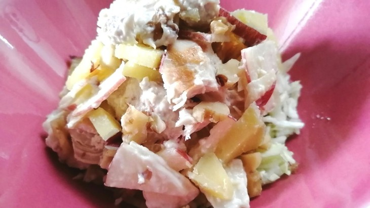 【わんちゃんごはん】『焼きささみとさつま芋とりんごのヨーグルト和え』のレシピ