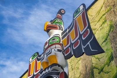 カナダ先住民のトーテムポール
