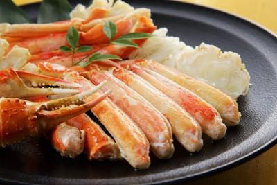 お皿に盛られたズワイ蟹