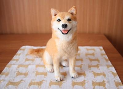 羊毛フェルトの柴犬