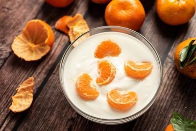ヨーグルトと柑橘類