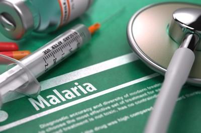 マラリアの文字と医療器具